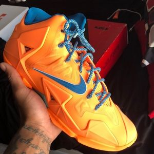 Lebron 11 atomic orange